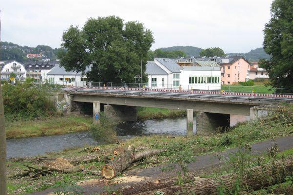 Sägearbeiten Brücke Overrath